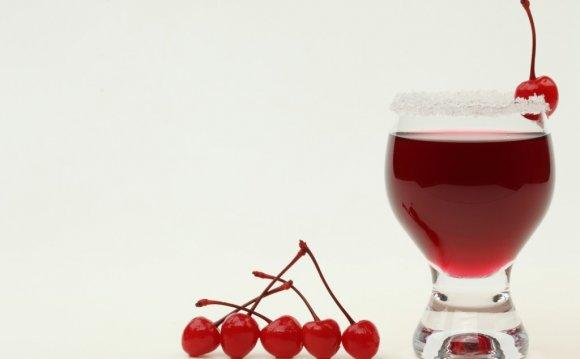 5 рецептов вишневых компотов
