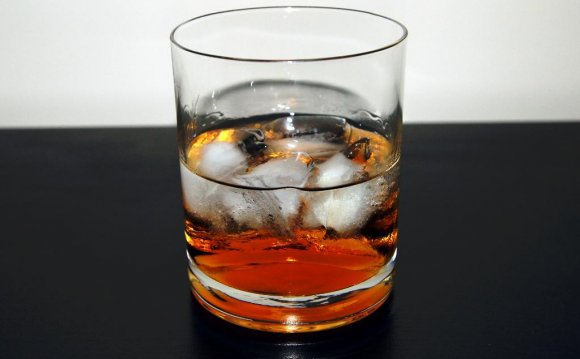 Готовый коктейль черный