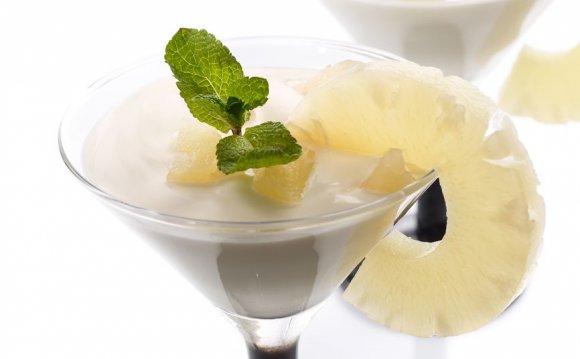 Молочный ананасовый коктейль
