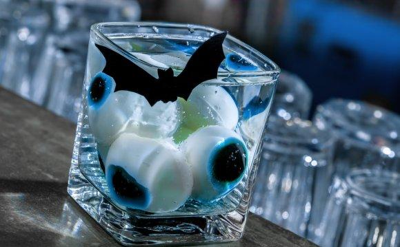 Рецепты на Хэллоуин: Мартини