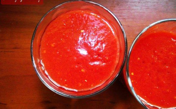 Томатный сок с базиликом